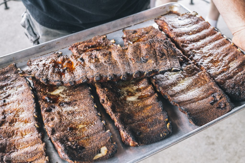 Cooking Class: Ribs out of the smoker - Dead End BBQ