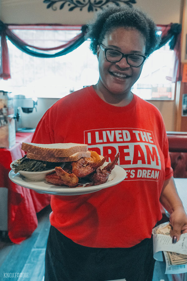 Jackies Dream - Soul Food and Hot Chicken Knoxville